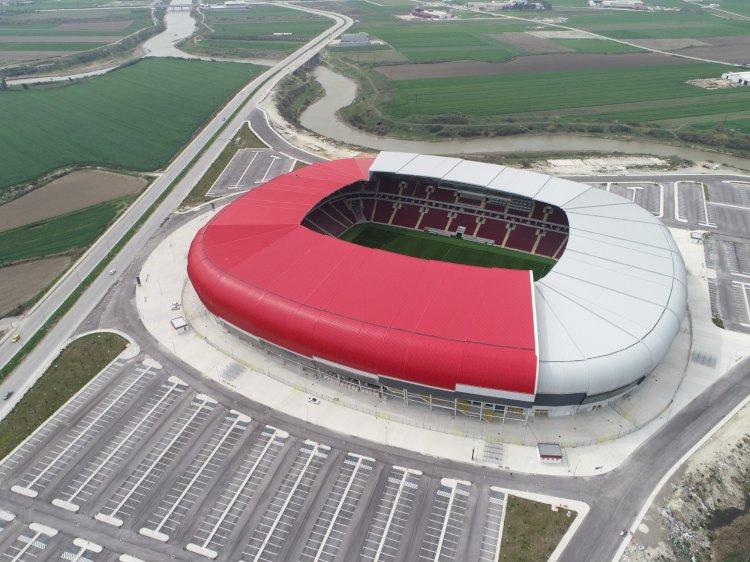 Hatayspor artık yeni stadyumda